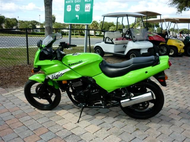2006 Kawasaki EX500-D Ninja 500cc starter bike very economical runs good