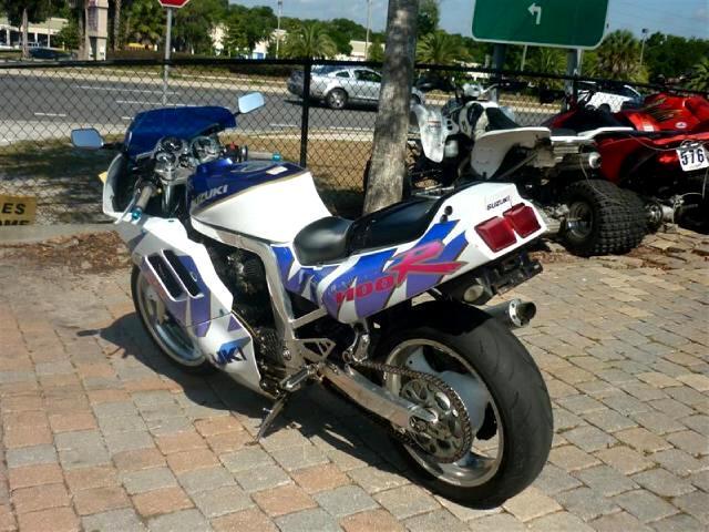 1990 Suzuki GSX-R1100 Original Survivor