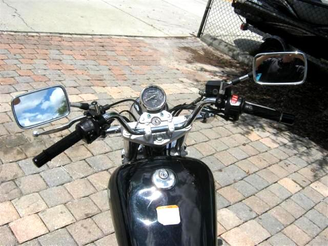 2005 Suzuki GZ250 small cc starting touring bike great and affordabl