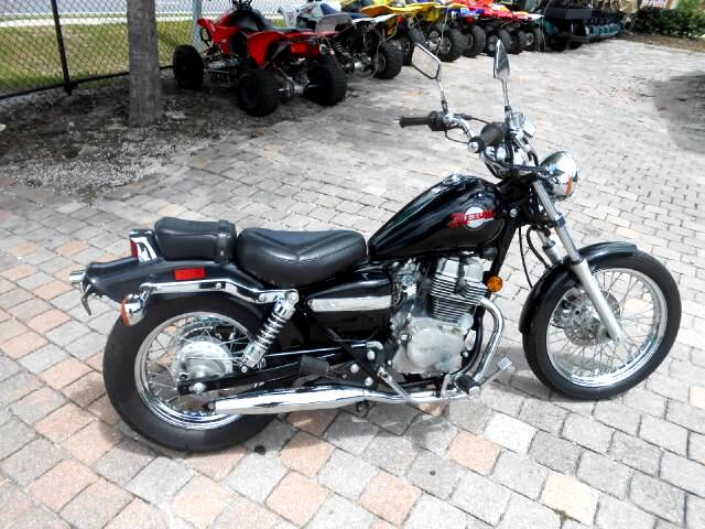 2001 Honda CMX250C Rebel 250 small cc cruiser starter bike