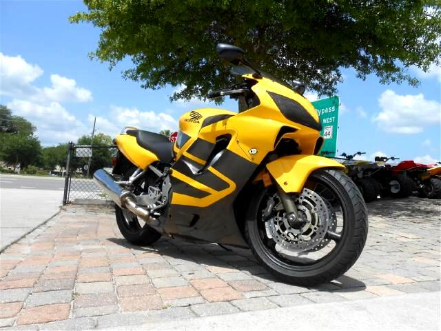 2006 Honda CBR600F4 Sport Bike Yellow and grey two toned