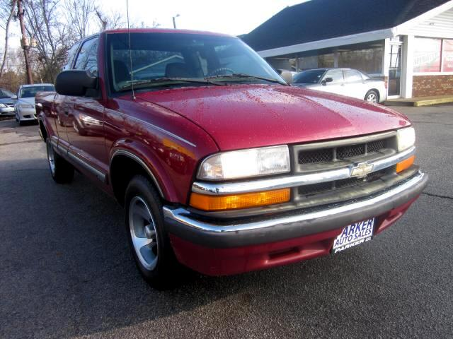 2000 Chevrolet S10 THE HOME OF THE 299 TOTAL DOWN PAYMENT Visit Parker Auto Sales online at wwwpa