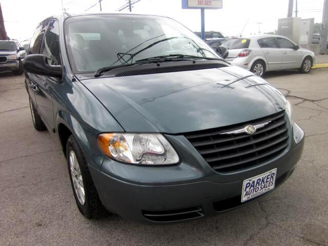 2007 Chrysler Town  Country THE HOME OF THE 299 TOTAL DOWN PAYMENT Visit Parker Auto Sales online