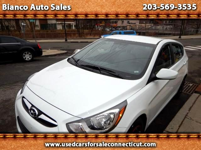 2014 Hyundai Accent GS 5-Door