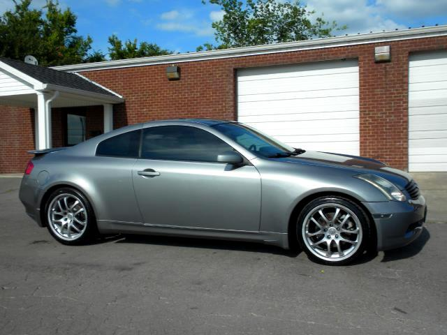 2005 Infiniti G35 CHECK OUT THIS 6 SPEED COUPE NAV LEATHER HEATED SEATS ALL POWER GOOD TIRES NICE