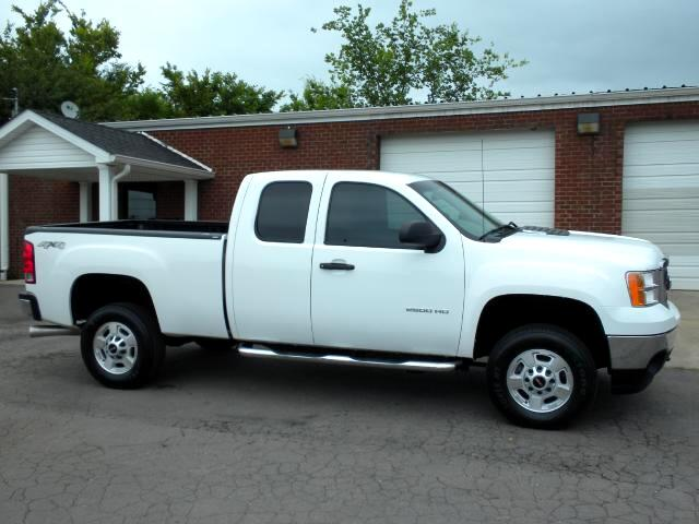 2011 GMC Sierra 2500HD LOOKING FOR A GREAT WORK TRUCK 4WD EXT CAB CLEAN CAFAX CRUISE TOW PACKAGE
