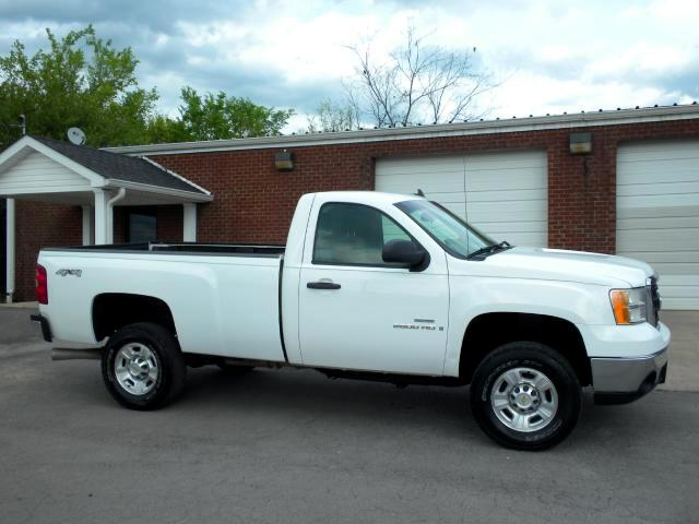 2009 GMC Sierra 2500HD WE PRICE OUR VEHICLES TO SELL PLEASE CALL TO CONFIRM AVAILABILITY BEFORE YO
