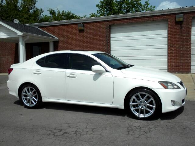 2006 Lexus IS LOOKING FOR A LUXURY CAR THIS VERY NICE CLEAN CARFAX HEATED AND COOLED SEATS LEATHE