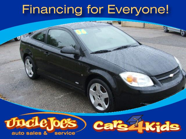 2006 Chevrolet Cobalt WOWwould any kid not want to drive this carthe SSand it is black