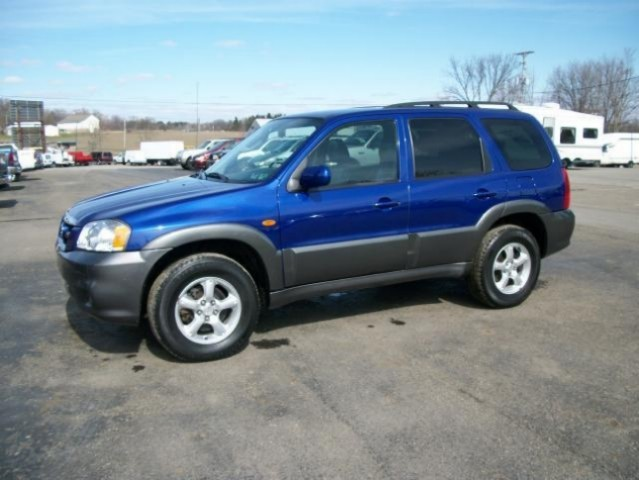 2005 Mazda Tribute Okhere is the skinny on this unitfirstit is the best blue in the w