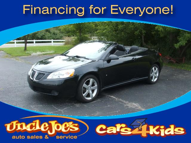2009 Pontiac G6 There is nothing more fun than to put the top down in the fall or first thing in th