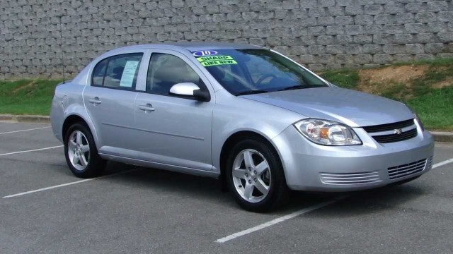 2010 Chevrolet Cobalt Looking for a great car for any kidthis one will do the tricklate mod