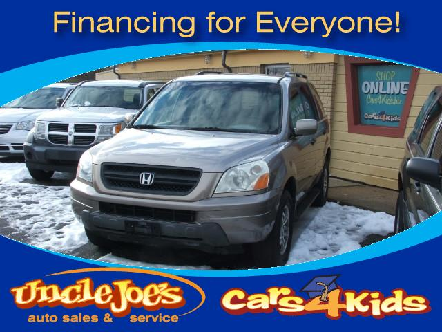 2003 Honda Pilot Talk about a car that will go in the Snowthis AWD Honda is just the one and lo