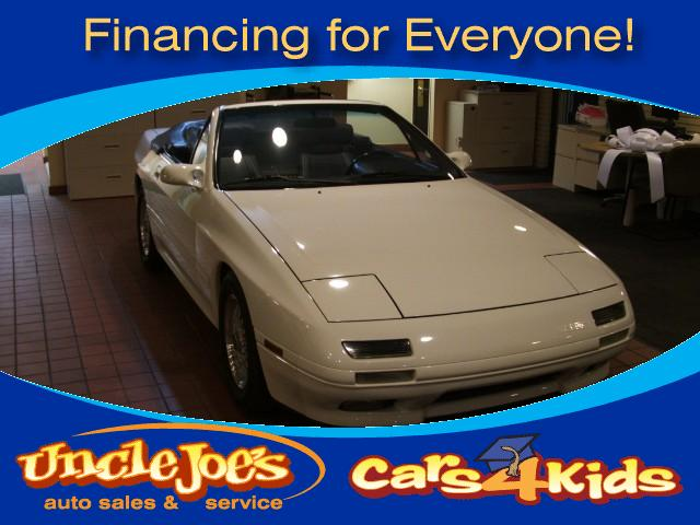 1989 Mazda RX-7 No sense in beating around the bushthis is a collectors item or one you want to