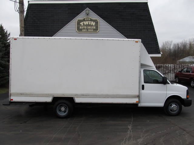 2014 Chevrolet Express G3500 16ft Cube Body