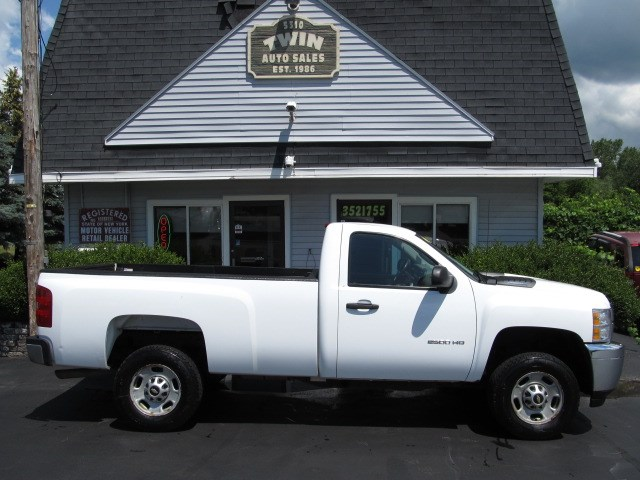 2013 Chevrolet Silverado 2500HD 2WD Bedliner Locking Differential  Tow Package