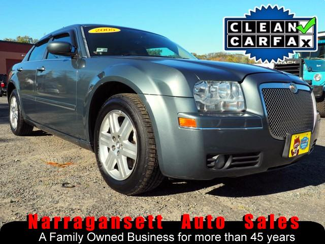 2005 Chrysler 300 Limited AWD V6 Fully Loaded Leather Remote Start