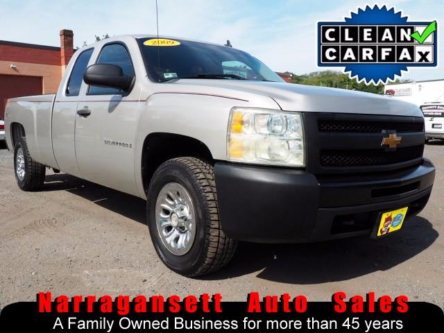 2009 Chevrolet Silverado 1500 4X4 Extra Cab 8FT Bed V-8 Auto Air Like New