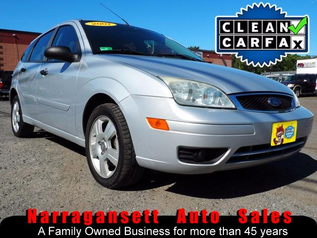 2007 Ford Focus SES Auto Air Full Power CD 131K Super Clean