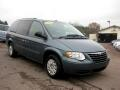 2006 Chrysler Town &amp; Country