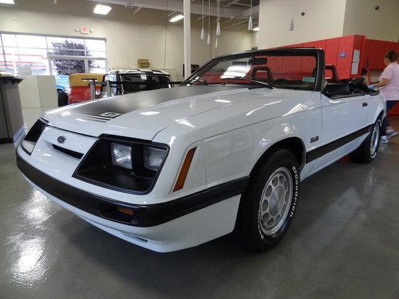 used 1985 ford mustang for sale in louisville ky 40213 auto outlet of kentucky. Black Bedroom Furniture Sets. Home Design Ideas