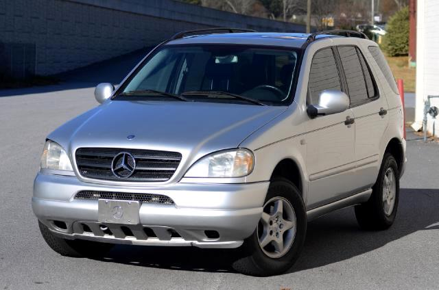 2001 Mercedes M-Class This 2001 Mercedes-Benz M-Class ML 320 is exceptional Here at Olympic Auto Sa