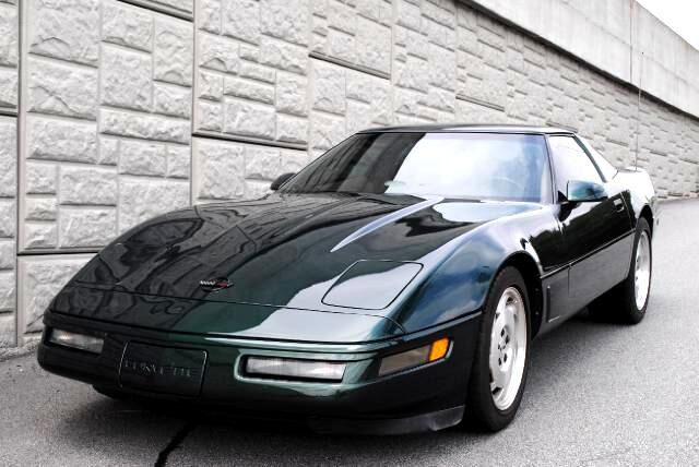 1996 Chevrolet Corvette This 1996 Corvette is a beautiful low mileage clean vintage car Enjoy the p