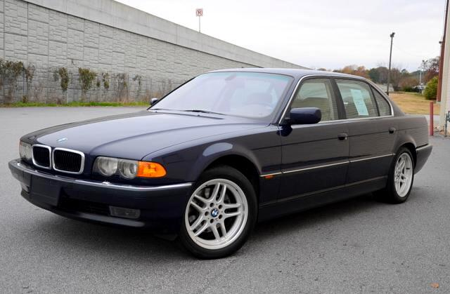 2000 BMW 7-Series Olympic Auto Sales presents to you the BMW 7 Series is a full-size luxury vehicles
