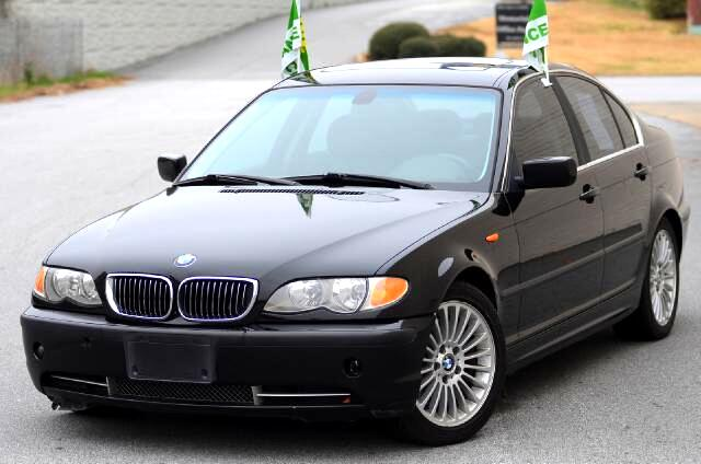 2003 BMW 3-Series This 2003 BMW 330i is a great vehicle Leather interior Multi-Adjustable heated se
