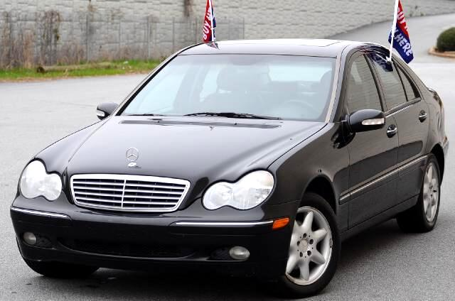 2001 Mercedes C-Class Olympic Auto Sales presents to you the 2001 Mercedes-Benz C240 V6 Luxury Sedan