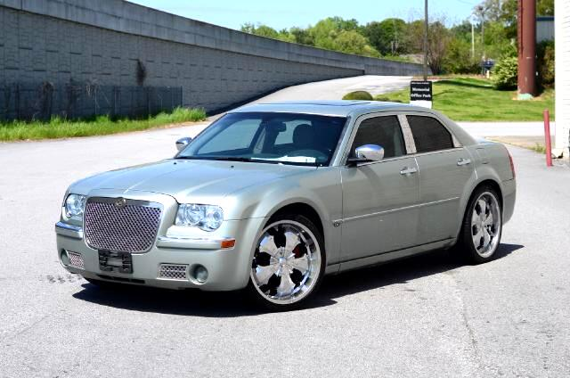 2006 Chrysler 300 Olympic Auto Sales Presents to you a silver 2006 Chrysler 300 C Hemi Outfitted wi