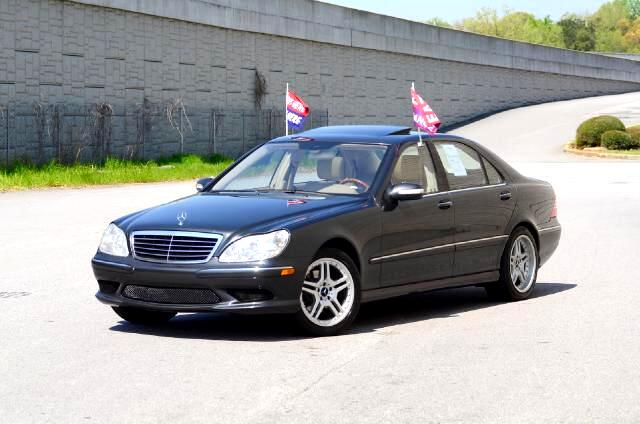 2004 Mercedes S-Class Olympic Auto Sales presents to you today this beautiful 2004 Mercedes-Benz S43