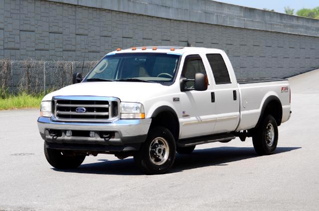 2003 Ford F-350 SD Olympic Auto Sales presents to you a 2003 Ford Lariat Crew Cab Long Bed 60L V8 T