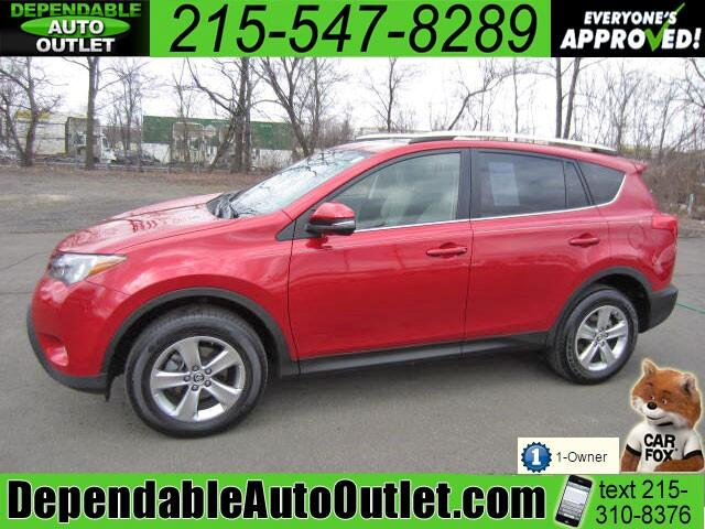 2015 Toyota RAV4 XLE AWD w/Rear Camera