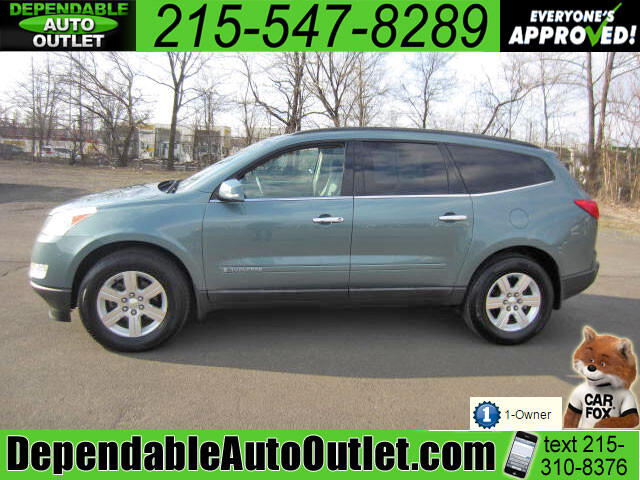 2009 Chevrolet Traverse LT w/3rd Row Rear Camera