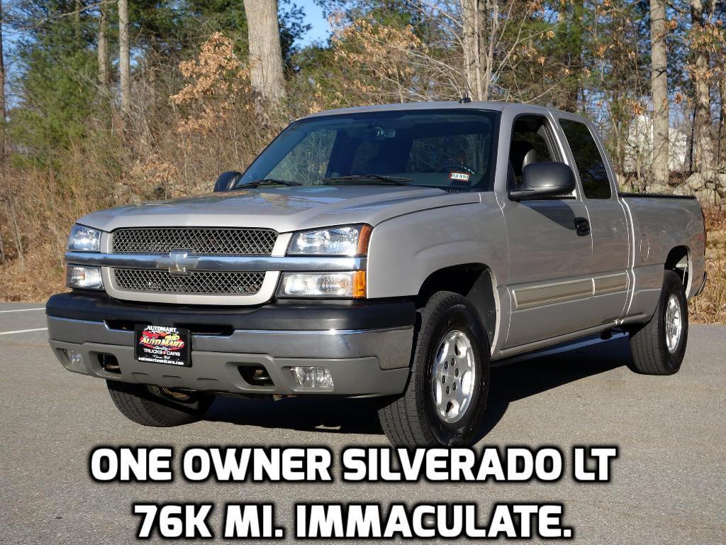 2004 Chevrolet Silverado 1500 LT Ext. Cab Short Bed 4WD