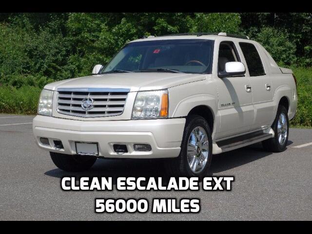 2003 Cadillac Escalade EXT Sport Utility Truck