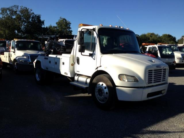 2005 Freightliner M2 106 Medium Duty 36007