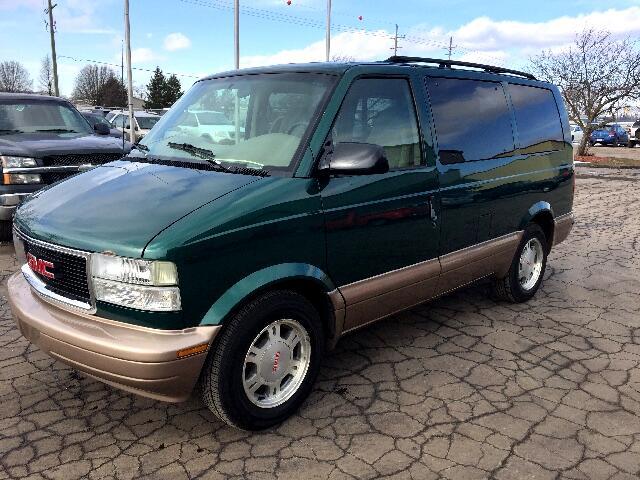 2003 GMC Safari Passenger Van