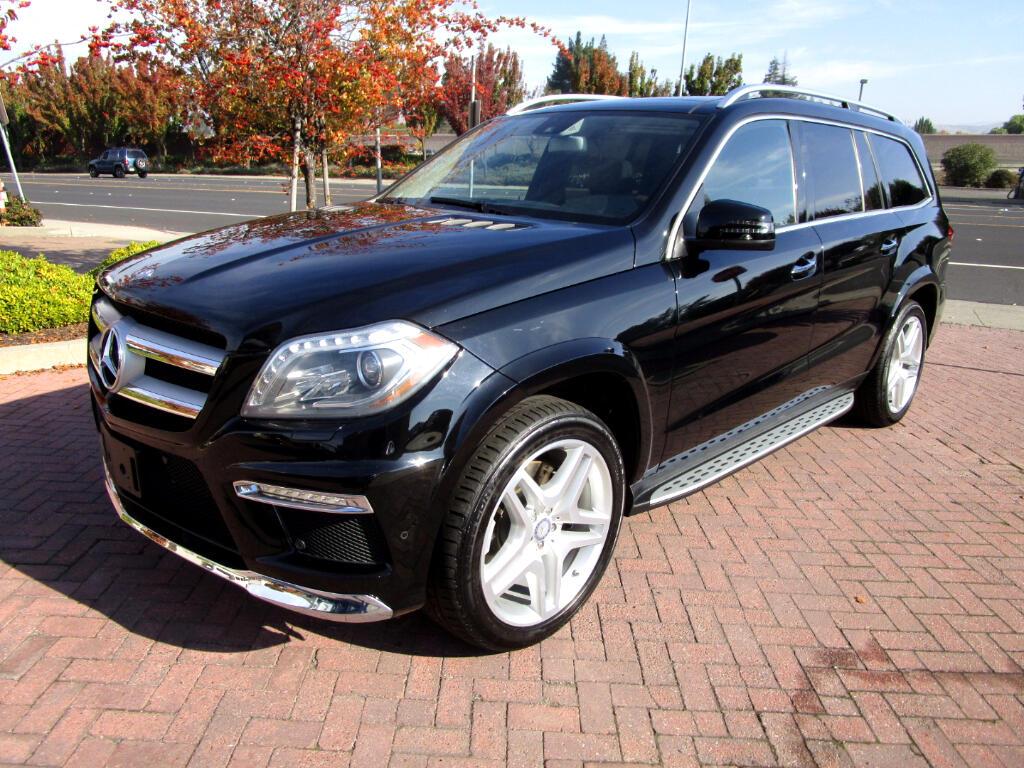 2015 Mercedes-Benz GL-Class GL550 4MATIC** HEAT/AC SEATS*REAR HEAT SEATS*BLIND