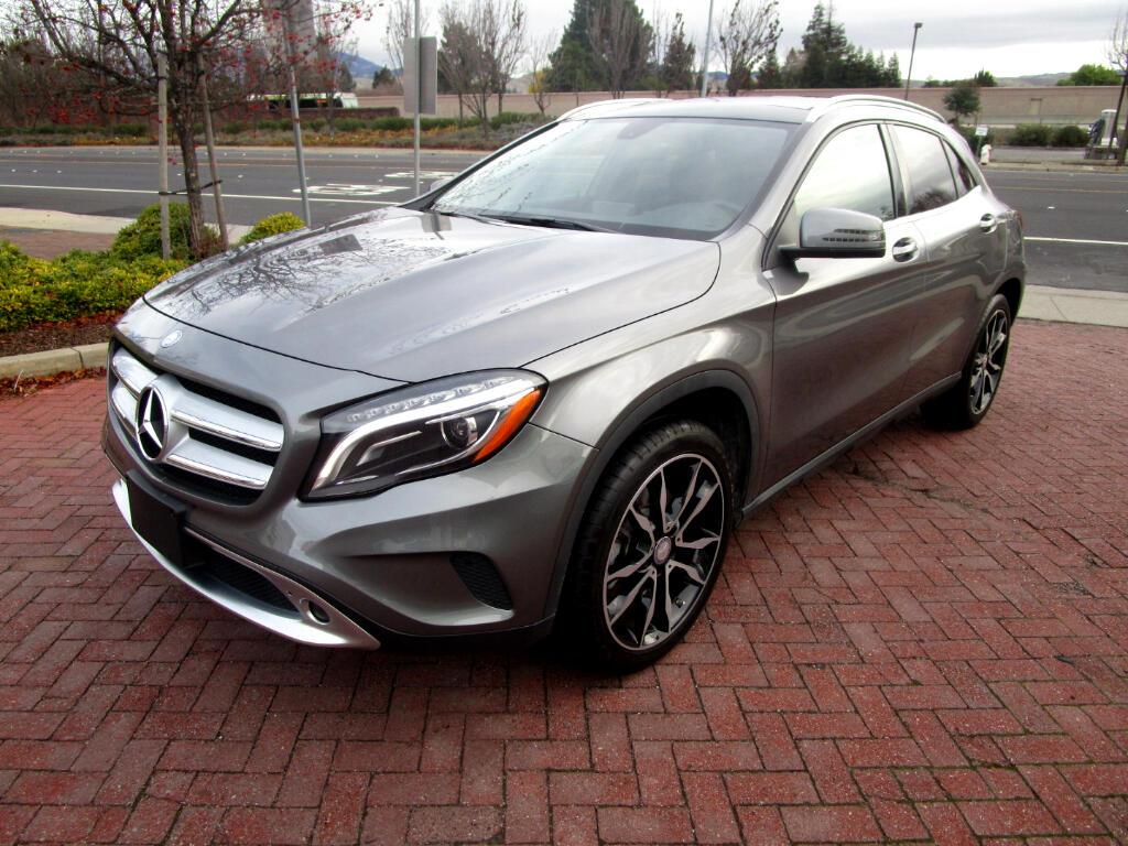 2015 Mercedes-Benz GLA-Class GLA250 4MATIC*NAV*BLIND SPOT*PANO*HEAT SEATS*