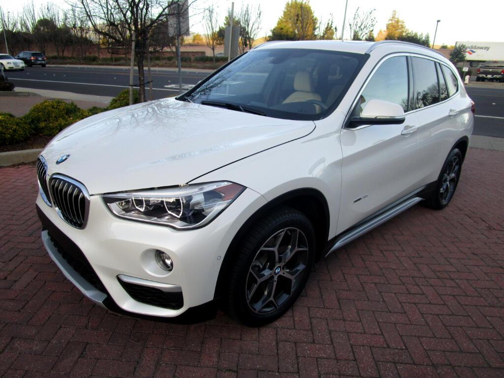 2016 BMW X1 AWD XDRIVE 28..PREMIUM*PANO*NAV*SAT*LEATHER HEAT S