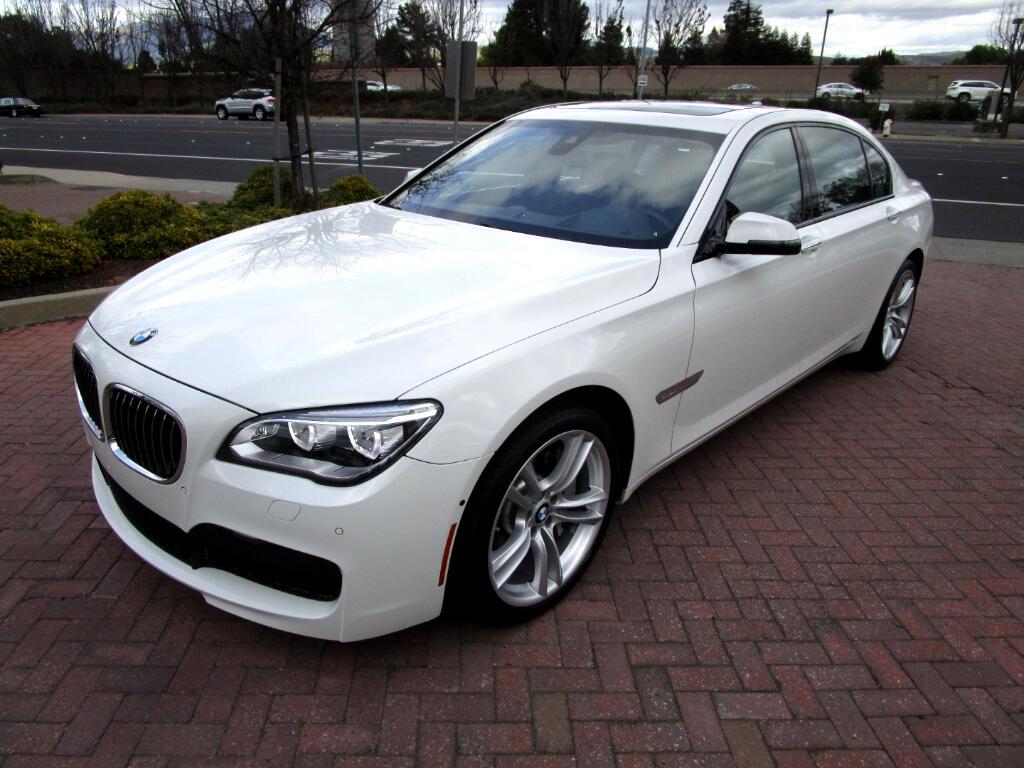 2015 BMW 750Li M SPORT-PREM*BANG OLUFSEN SOUND*DRIVERS ASST PLUS*