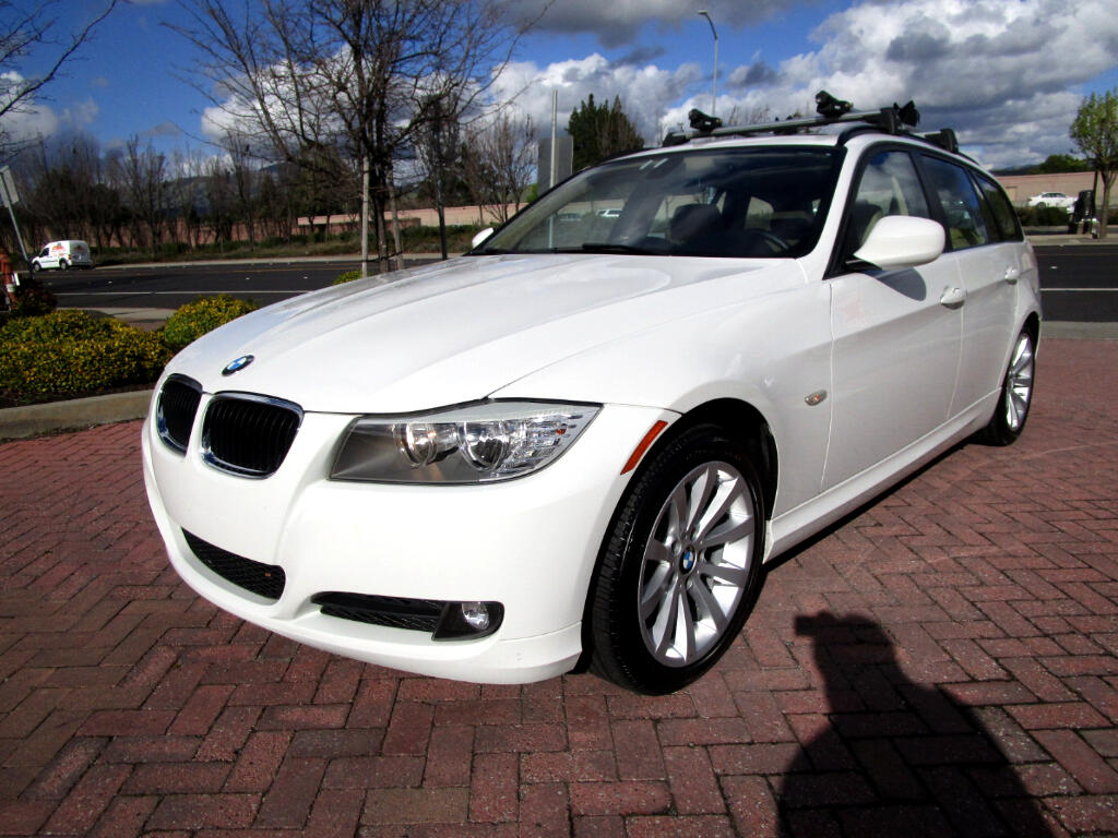 2011 BMW 3-Series Sport Wagon PREMIUM PACKAGE*NAV*LETHER HEATED SEATS*