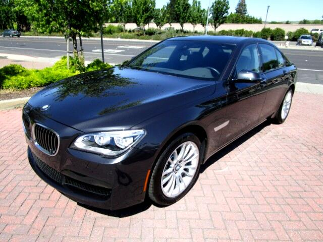 2013 BMW 750i BMW LEASE RETURN IN BRAND NEW CONDITIONALL FACTORY PAINTNON SMOKERCLEAN CARFAX
