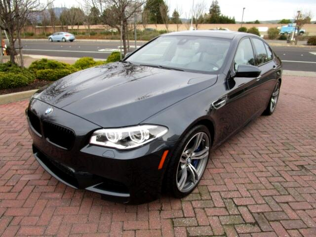 2014 BMW M5 EXECUTIVE-DRIVER ASSIST PACKAGES