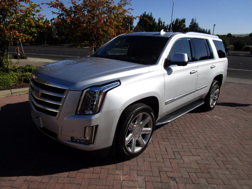 2016 Cadillac Escalade LUX PKG AWD**HEAT-AC FRONT SEATS*HEATED CAPT CHAIR