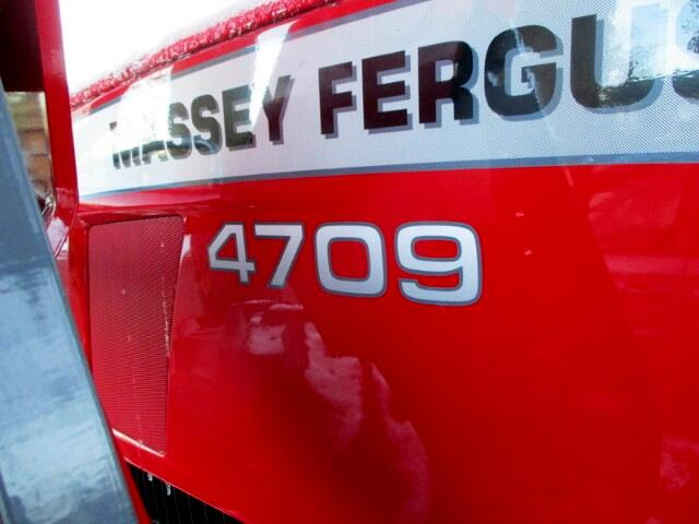 2017 Massey Ferguson Farm 4709 4X4 LOADER PREMIUM   MASSEY