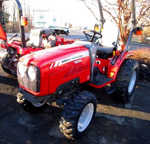 2017 Massey Ferguson Farm MF1526H