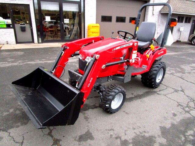 2017 Massey Ferguson Farm GC1705 Tractor Loader